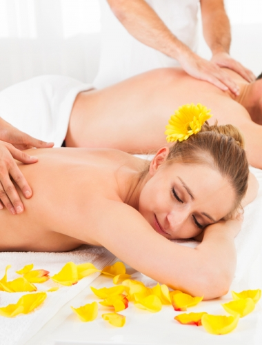 Discover why it's a great idea to have a massage with your partner photo 1